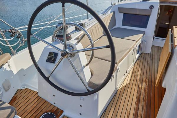 Sun Odyssey 410 - new Yachtcharter in Croatia Yachting 2000