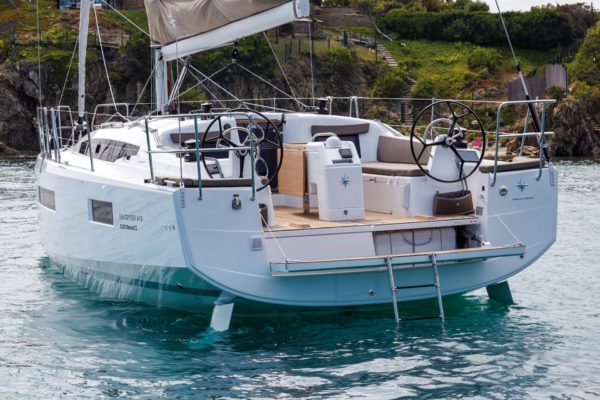 Sun Odyssey 410 - neu bei Yachting 2000 in Kroatien, Badeplattform