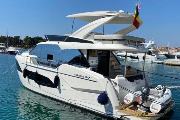 Charter Yachting 2000