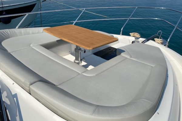 Absolute Fly 47 yachting 2000 charter croatia