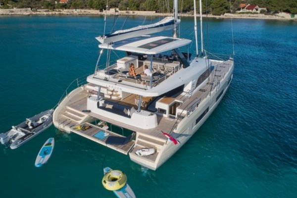 Lagoon SIXTY 5 Water toys| Yachtcharter | Yachting 2000