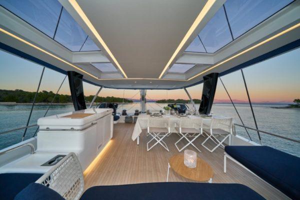 Lagoon SIXTY 5 Flybridge | Yachtcharter | Yachting 2000