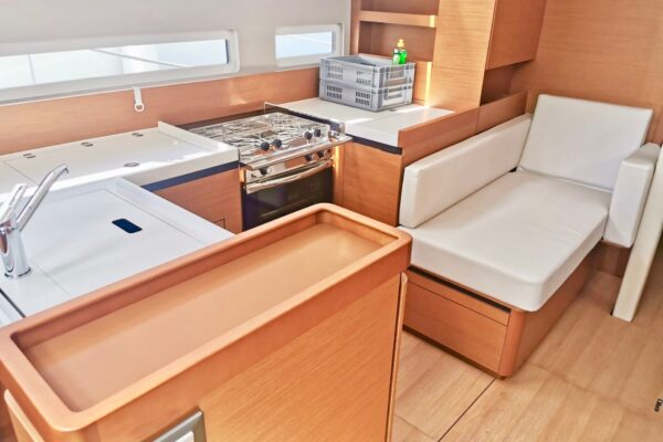 Yachting 2000 Sun Odyssey 410 Malinka