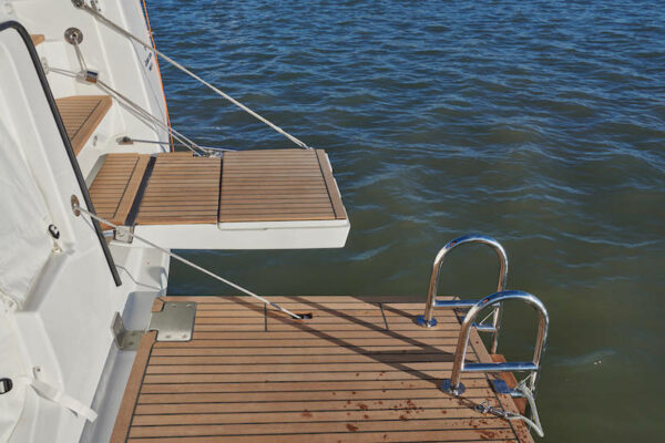 Jeanneau 60 Yachting2000 Badeplattform