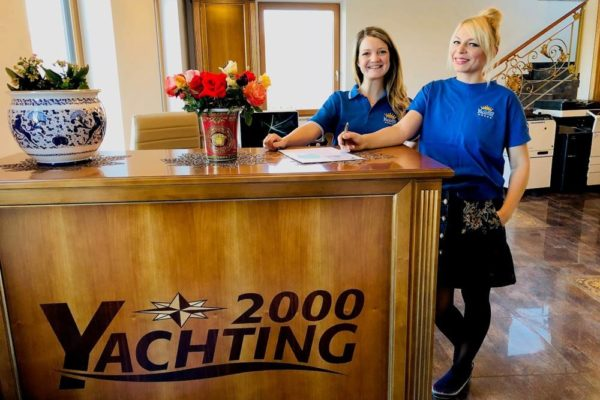 Yachting 2000 office Team