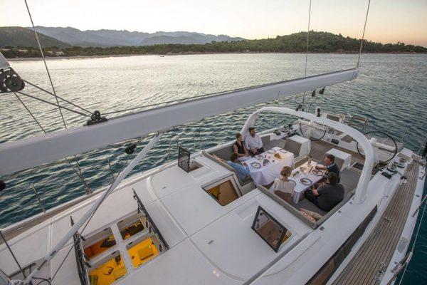 Jeanneau 64 Luxury Segelyacht